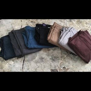A bundle of 7 NYDJ jeans. Size 10p